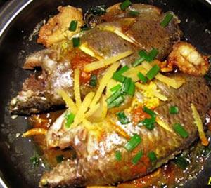 Cá rô kho tộ thơm ngon đậm đà