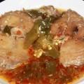 Cá ngừ kho ớt xanh
